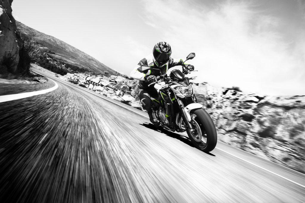 Kawasaki Z650 Action