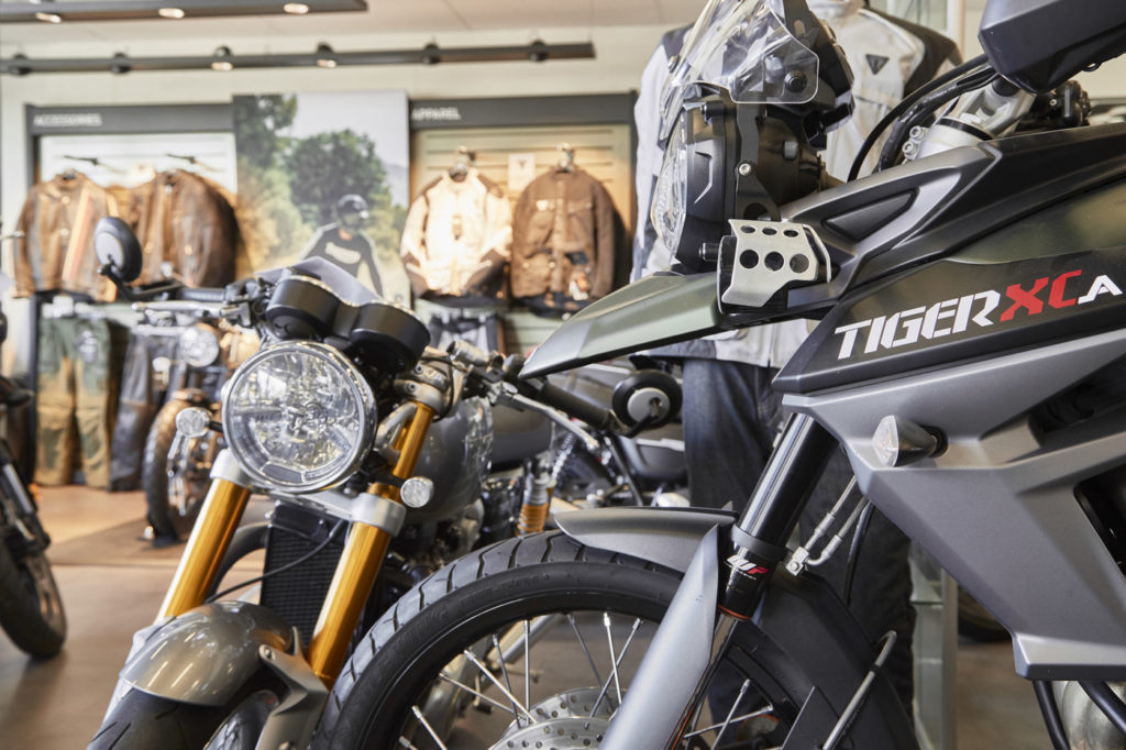 Mcrijen Showroom Triumph